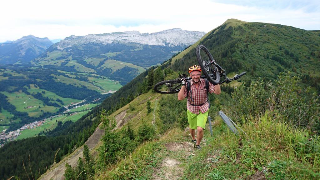Nünalpstock – Blattenegg – Kemmeriboden Bike
