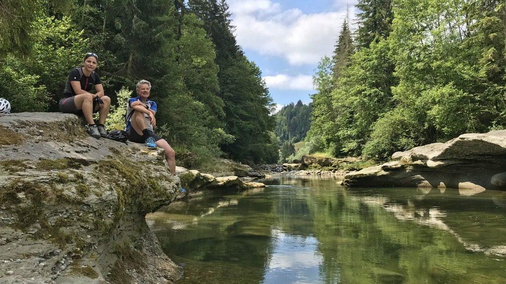 Mit Karin an der Kleinen Emme bei Doppleschwand. 29.6.2018